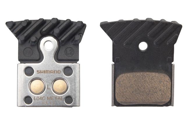 Pastillas de freno Shimano  XT metálicas.